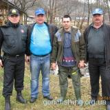 Закарпатдержрибоохорона зариблює Закарпатські річки фореллю