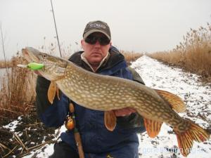 Ловля риби на спінінг на початку весни (частина 2)